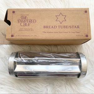 The Pampered Chef Bread Tube Star New in Box